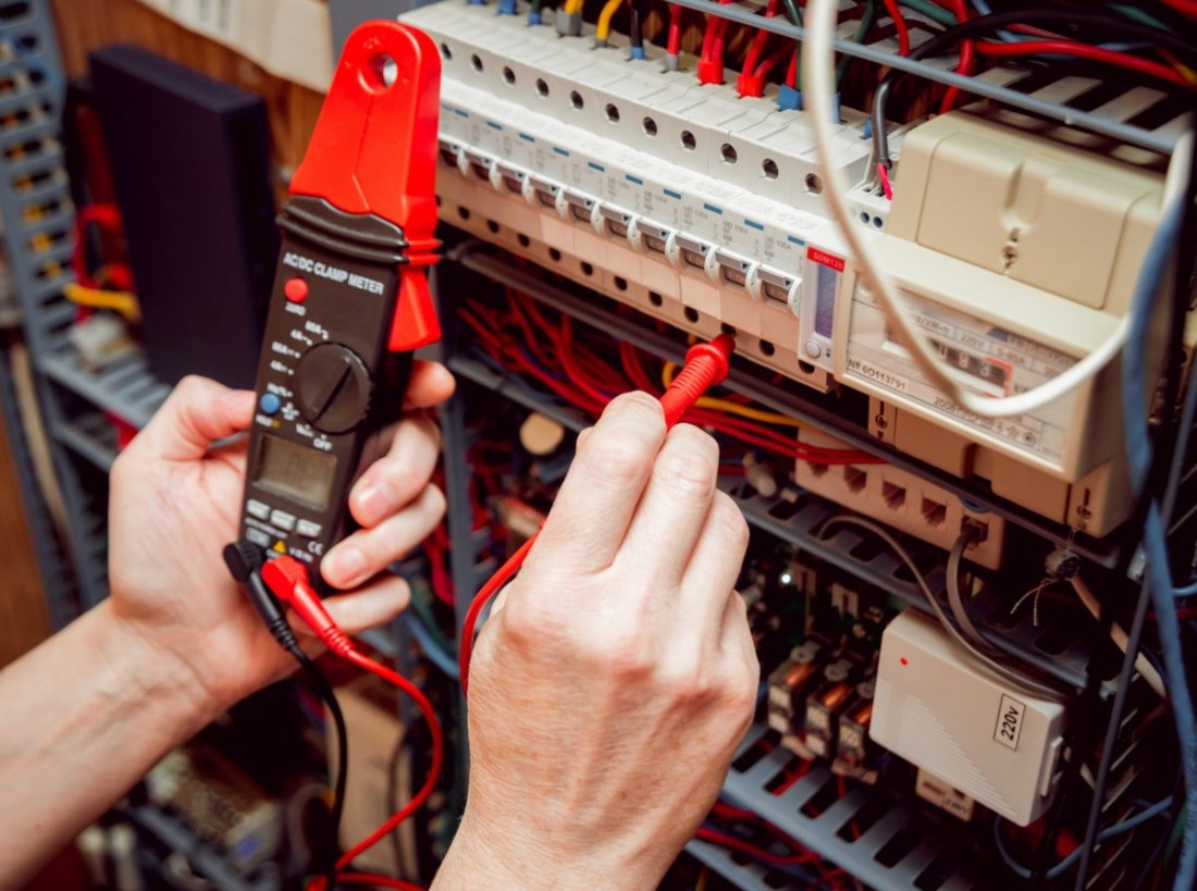 Working Safely With Electricity At Work